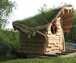 Wildflower green roof for oak garden house