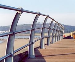 ASF 211 3-rail post for coastal location