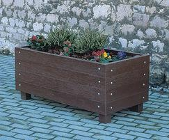 Cheaton recycled plastic planter