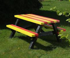Cheaton Friendship picnic table
