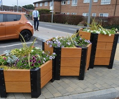 Beaufort hexagonal planters in different heights