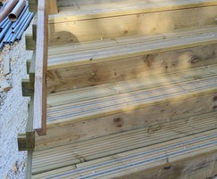 Steps with non slip decking