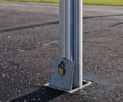 Rhino RS 001 lift-out and lockable bollards