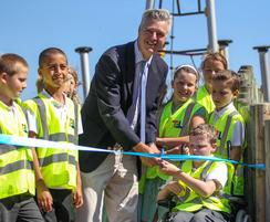Sutcliffe Play: MP opens new playground – Telscombe Cliffs fun zone