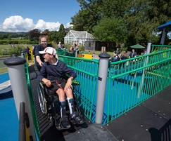 Wheelchair-accessible play equipment for school