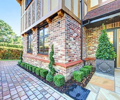 Hard landscaping and topiary for luxury properties