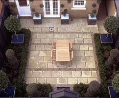 High quality stone paving in this London pad