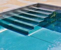 Modular stainless steel pool - close up of steps