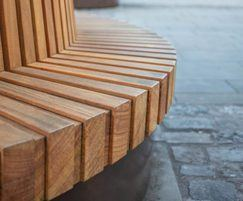 Movable tree seats for heritage public realm