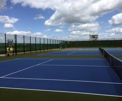 Zaun: Sports courts for Armed Forces bases