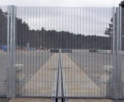 RDS mobile high security fencing system