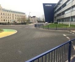 Alpha Rail: Pedestrian guardrail installed for Airbus
