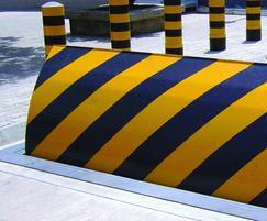 RB780CR Chieftain road blocker
