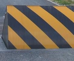 Avon RB700 roadblocker