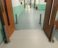 Acrovyn® PP76 stainless steel protection posts