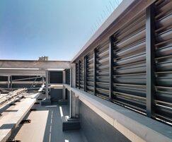 SLA-Z screening louvre system - residential tower block