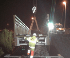 Night-time weekend installation on A95