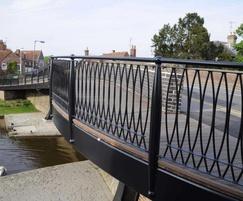 Bespoke steel parapet on Hungerford bridge