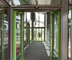 Slimdrive SF automatic folding door system