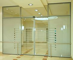 IGG integrated all-glass door and wall system