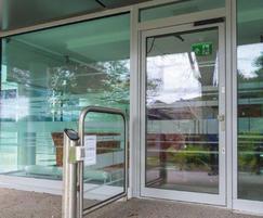 Slimdrive EMD-f automatic swing door