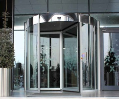 Manual or automatic revolving door system