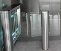 SW100 - turnstiles with a sweeper system