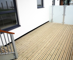 Timber decking for large spaces