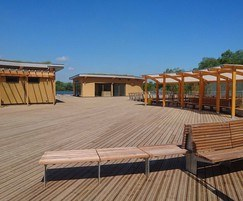 Antislip Plus Smooth decking - Rushden Lakes