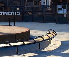 SL007 curved bench