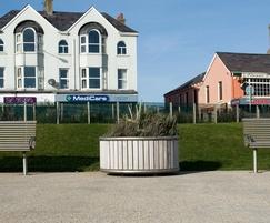Benchmark street furniture Shoreline planter