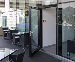 TORMAX United Kingdom: TORMAX takes swing door automation to a new level