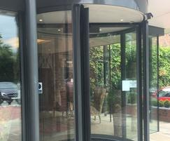 Automatic revolving entrance system from TORMAX