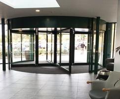 Prestigious hospital revolving door from TORMAX