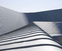 Standing seam zinc roofing by Rheinzink: detail
