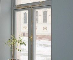 Double quadilent stays and espagnolette bolts on window
