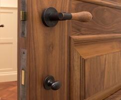 Arbor door lever handles
