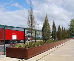 Grenadier planter walling