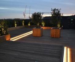 Diplomat roof garden planters