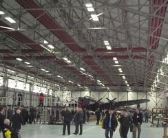 High-level radiant tube heating - aircraft hanger