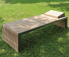 Linares outdoor timber sun lounger - single width