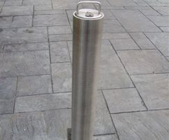 Warrior SSteel Standard Round Telescopic Bollard