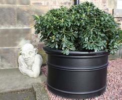 Orson planter