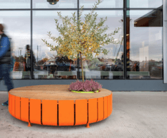 STRIPES seat with integrated planting area