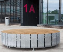 STRIPES bench in circular format