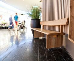 Edo contemporary seat for indoor public areas