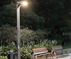 Hi-Glo Street Light