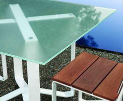 Windmark Dining Table