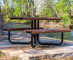Gretchen Picnic Table
