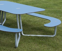 Plateau Picnic Table